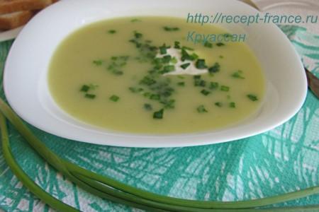 Суп с луком-пореем и картофелем