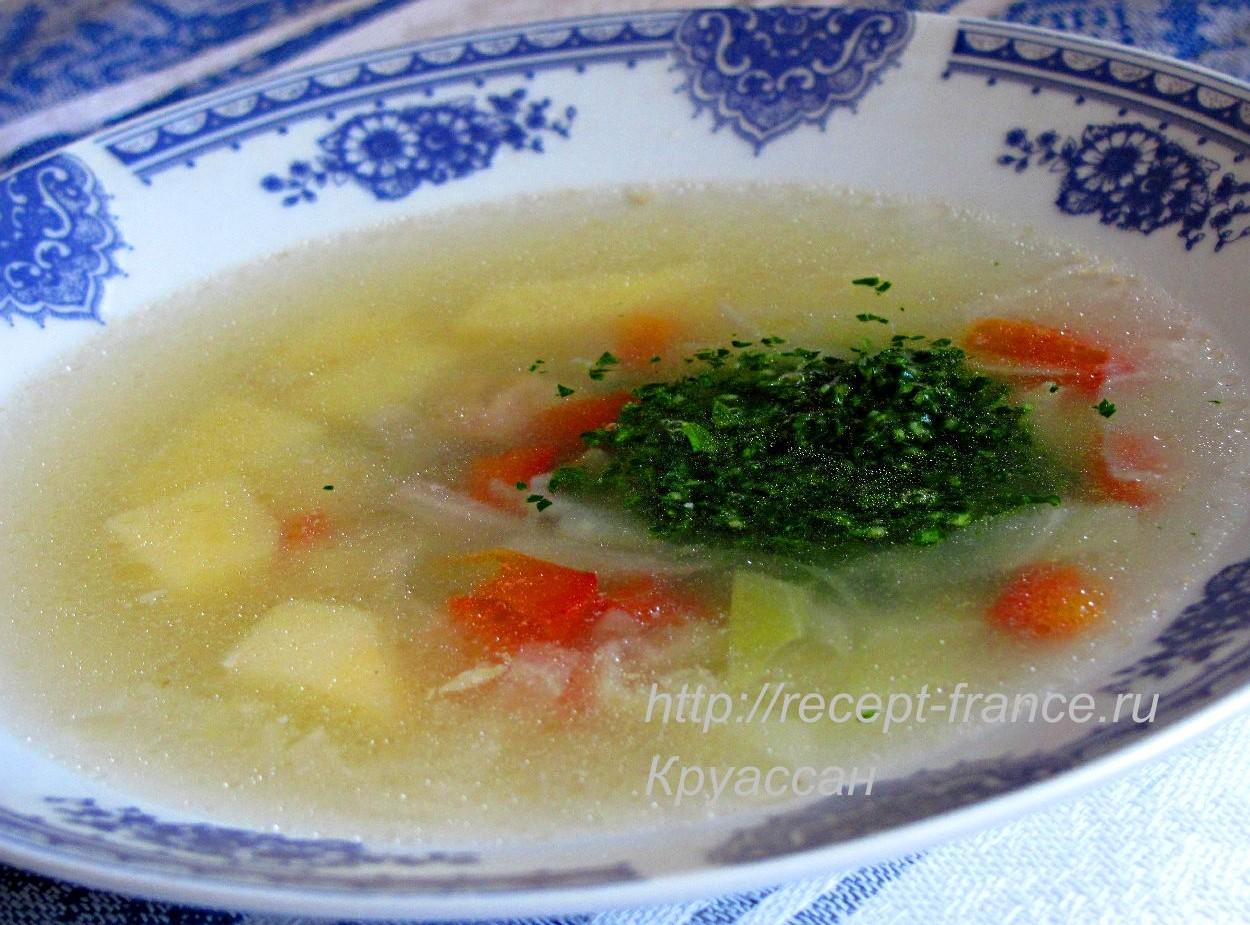 Суп с капустой и соусом-приправой «персилада»
