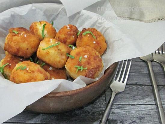 Картофельные крокеты с ветчиной и сыром