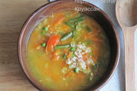 Суп с овощами и рисом