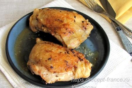 Куриные бедрышки с чесноком