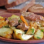 Тушеная свинина с капустой и картошкой