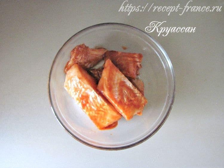 рыба в томатно-соевом маринаде-приготовление