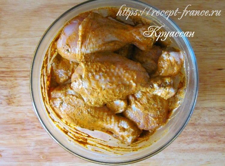 курица в йогурте-приготовление