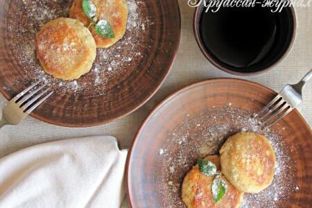 Гречневые сырники с яблоком