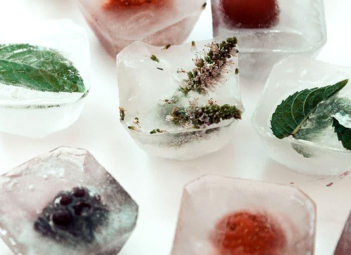 ягоды и лёд
