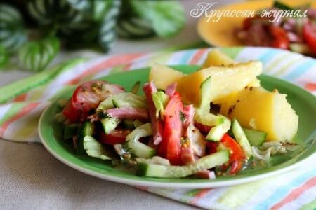 Салат из помидоров, огурца и ветчины